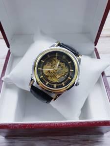 Часы в коробке Ш1323