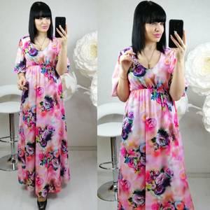 Платье длинное нарядное с принтом Ц0140
