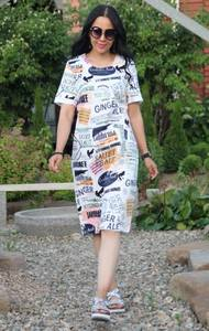 Платье короткое с принтом белое Т9568