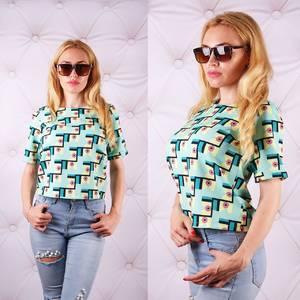 Блуза  с цветочным принтом с коротким рукавом У0088