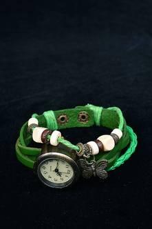 Часы с браслетом  8010