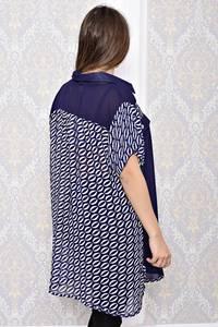 Рубашка удлиненная синяя с принтом С8190