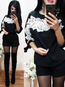 Блуза черная с кружевом для офиса Р8881