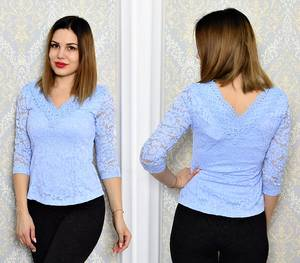Блуза голубая с кружевом с длинным рукавом Р6337
