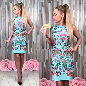 Платье короткое без рукавов с принтом С8612